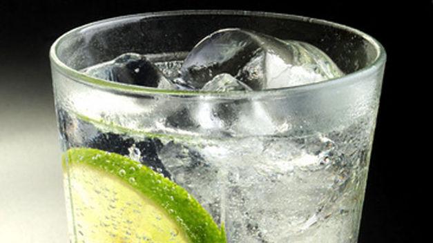 Gin-tonic_TINIMA20130322_1330_5